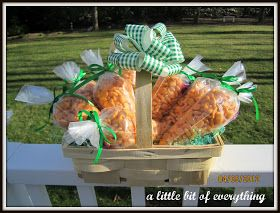 a little bit of everything: Crafts: Goldfish Carrots