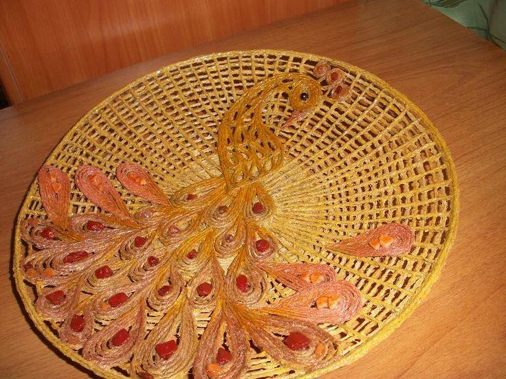 Тарелка-панно с павлином