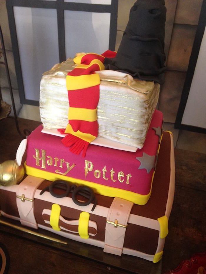 Cake from a Brazilian Harry Potter Birthday Party on Karas Party