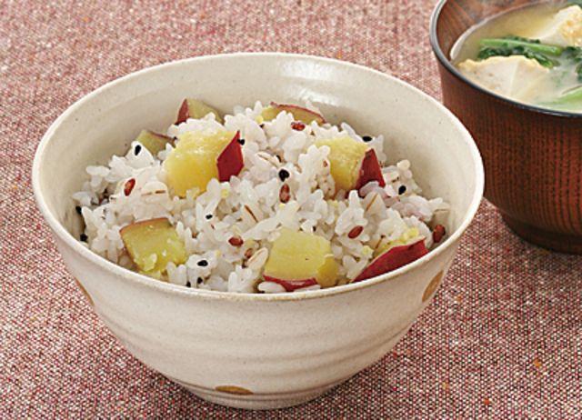 「穀ゆたかのさつま芋ご飯」のレシピページです。グリーンコープのレシピを掲載。プロの料理レシピまとめ「レシぽん」をチェック!