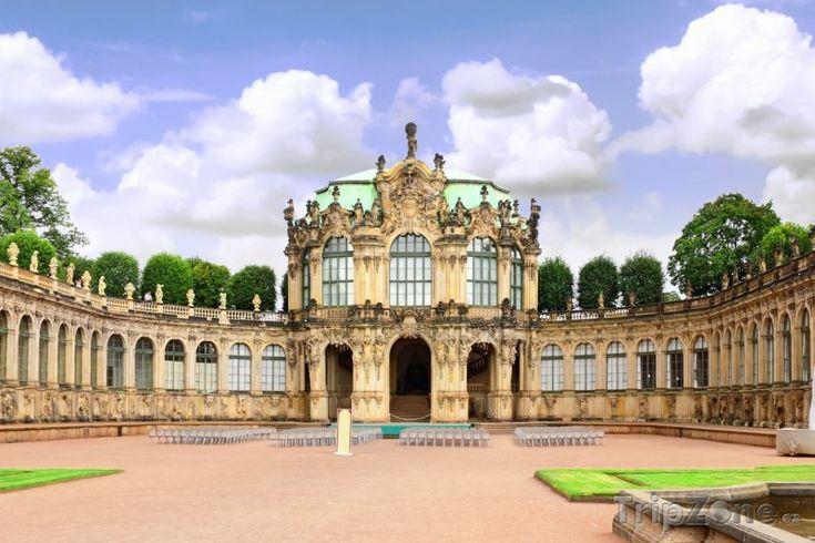Hudební pavilón ve Zwingeru