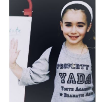 Lily Collins as a child cute and pretty | Lily Collins ...