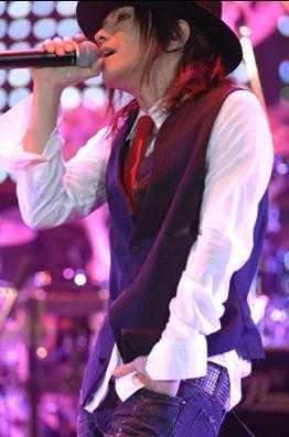 L'Arc~en~Ciel『結成15周年を記念した東京ドーム公演ライブレポート!!』-ORICON STYLE ミュージック