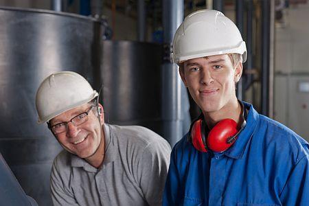 Benadering FNV over combinatiebanen: Jong en oud aan het werk