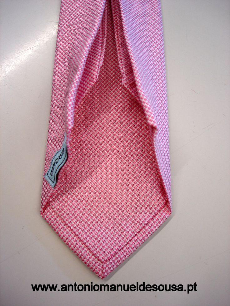 7 Folder Tie