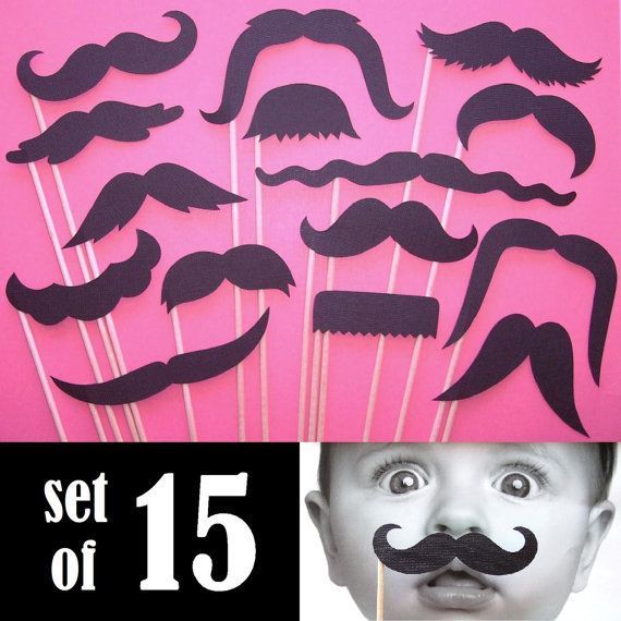 Black Mustaches On a Stick Set of 15 Photo door PiccadillyPartyCo