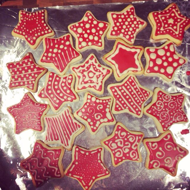 royal icing star cookies linzer star christmas cookies