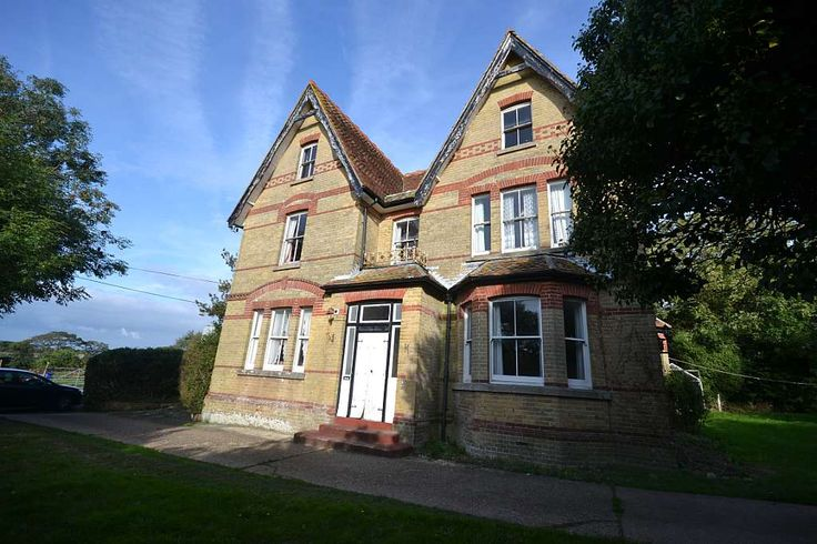 Isle of Wight Property and Estate Agents on the Isle of Wight gurnard tutons hill