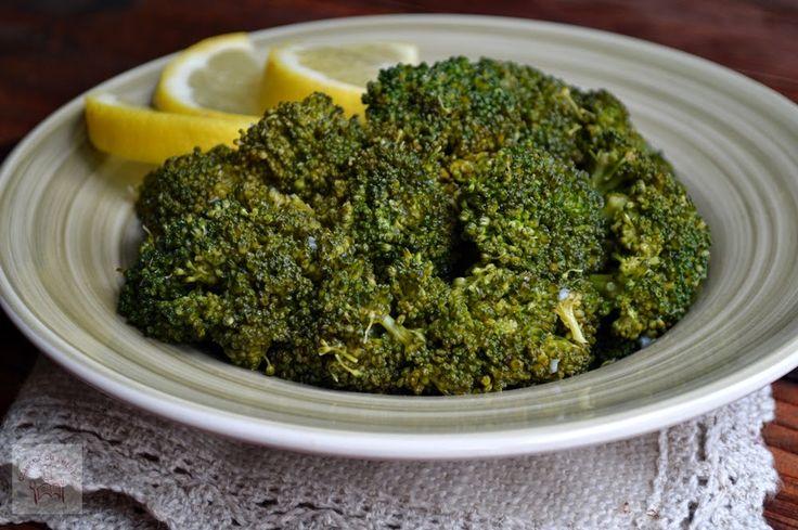 CAIETUL CU RETETE: Broccoli sote cu lamaie si usturoi