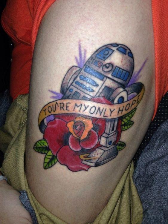 Татуировки на тему Star Wars (58 фото) http://chert-poberi.ru/interestnoe/tatuirovki-na-temu-star-wars-58-foto.html