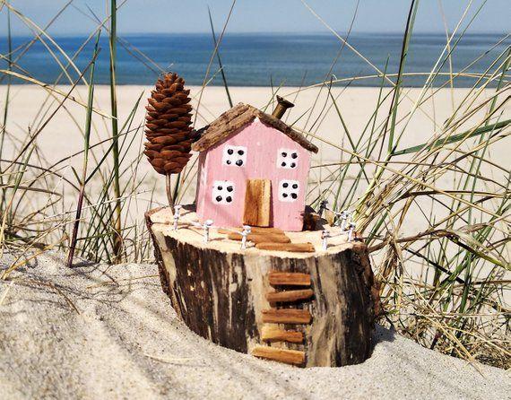 Little Beach Cottages Little Wooden House Coastal Decor Driftwood Cottage Driftwood Driftwood Cottag Mini Casas De Madera Decoracion Costera Casa Hecha A Mano