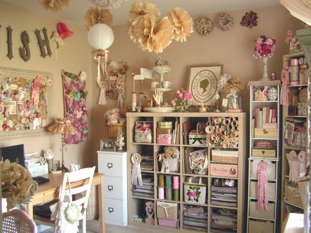 23 Craft Studios You'll Be Totally Jealous Of- such a beautiful room. I want to be in it and soak it all up.