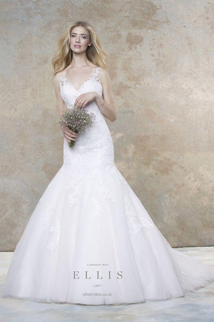 Ellis Bridals 2016 Wedding Dresses Magnolia Bridal Collection | itakeyou.co.uk #weddingdress #weddinggown: