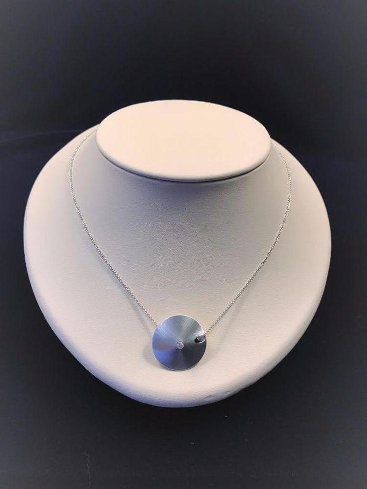 18 Karat White Gold Contemporary Sand Dollar Necklace