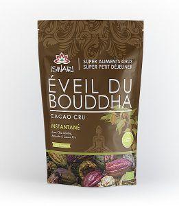 L'éveil du Bouddha est une préparation instantanée pour le petit déjeuner et les petits creux durant la journée. Prêt en quelques minutes simplement en ajoutant de l'eau ou du lait végétal.C'est une combinaison de delicieux ingrédients nutritionnellement riches tels que les graines de Chia et de Lin moulues, le Lucuma (fruit très riche en fer), le Cacao cru (magnesium, fer), les Amandes et le Sarrasin. Tout ce dont votre corps a besoin pour rayonner !Léger pour le système digestif et à la…