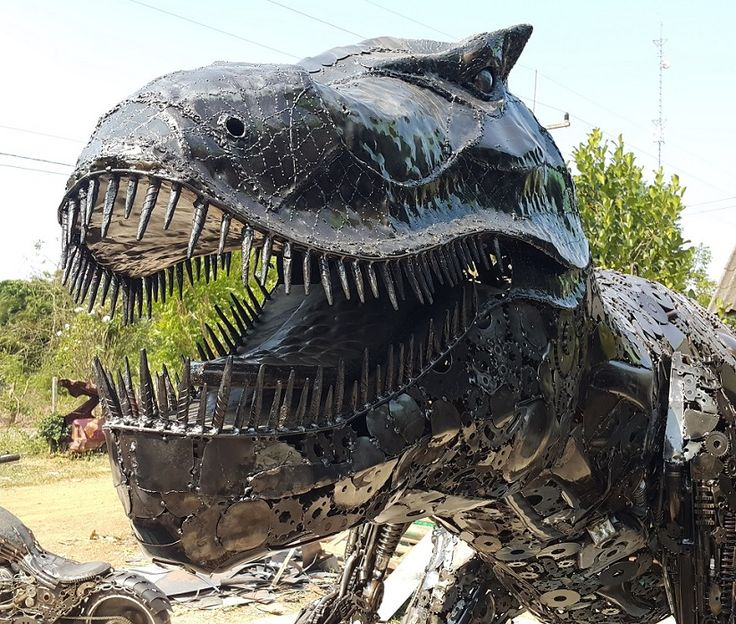 Scrap Metal For Sale >> Giant T-Rex dinosaur, life size skull, scrap metal animal art | Scrap metal art, Metal art ...