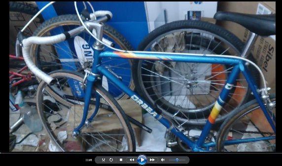 Hoy es hora de presentar esta bicicleta Orbea de carreras talla mediana pero en nuestro canal de youtube ! Propiedad de componentes bicicleta baratos en Zaragoza.