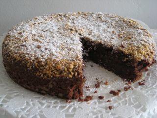 Torta al cioccolato e ricotta con mandorle e nocciole - Ricetta Petitchef