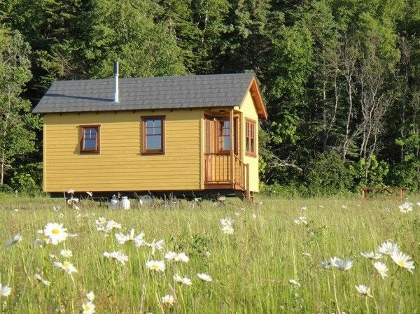 Off Grid Waterfront Tiny Houses In Canada 005 Live Small