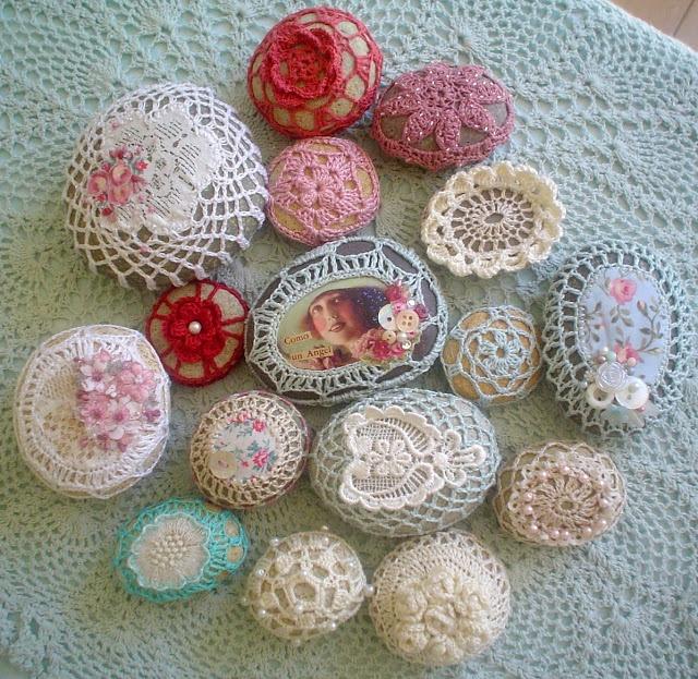 El Taller de ViLmuS: Piedras y crochet