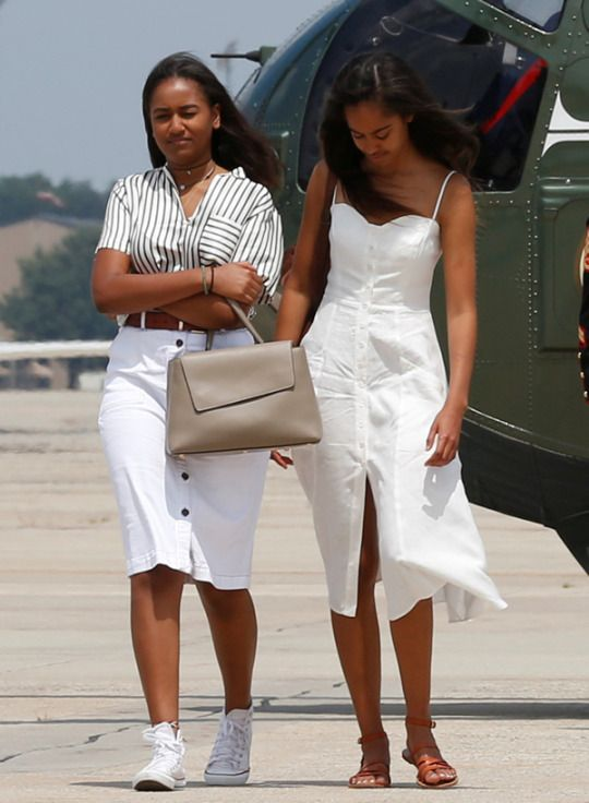 Malia and Sasha Obama depart to travel to Martha's Vineyard for the family's annual two week vacation, 8/6/16.