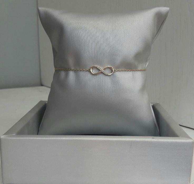Hermosa pulsera de Plata con baño de Oro de 18K con motivo de infinito. #joyeria #pulsera #jewelry #plata #bañodeoro #beautiful