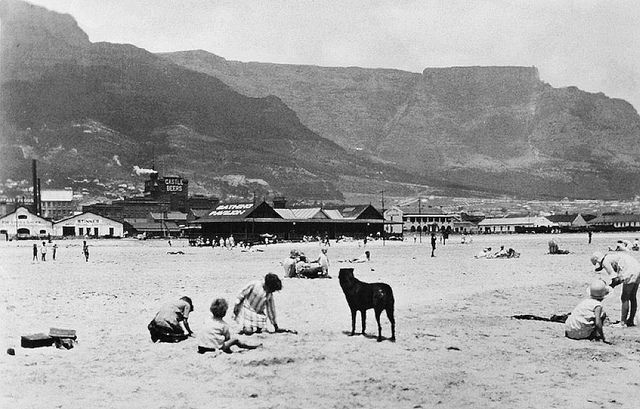 Woodstock Beach in the 1930s by HiltonT, via Flickr