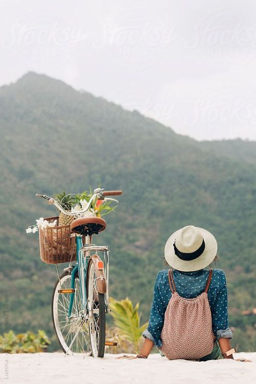 Bicycle Ride with a View | Gyclli
