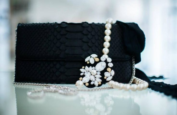 Snake leather clutch. Pearls. Evening. Red carpet.  https://www.facebook.com/laura8official