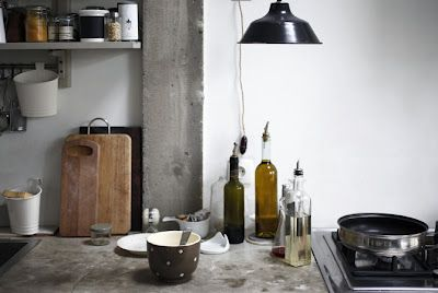Cuisine: Cut Boards, Rustic Kitchens, Interiors Design, Kitchens Ideas, Kitchens Counter, Cooking, Petra Bindel, Concrete Kitchens, Concrete Countertops