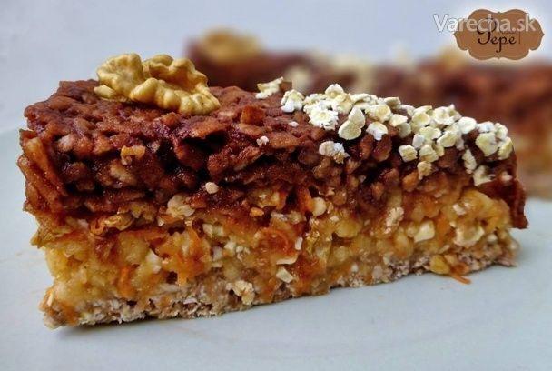 Jablkový RAW koláč - Recept