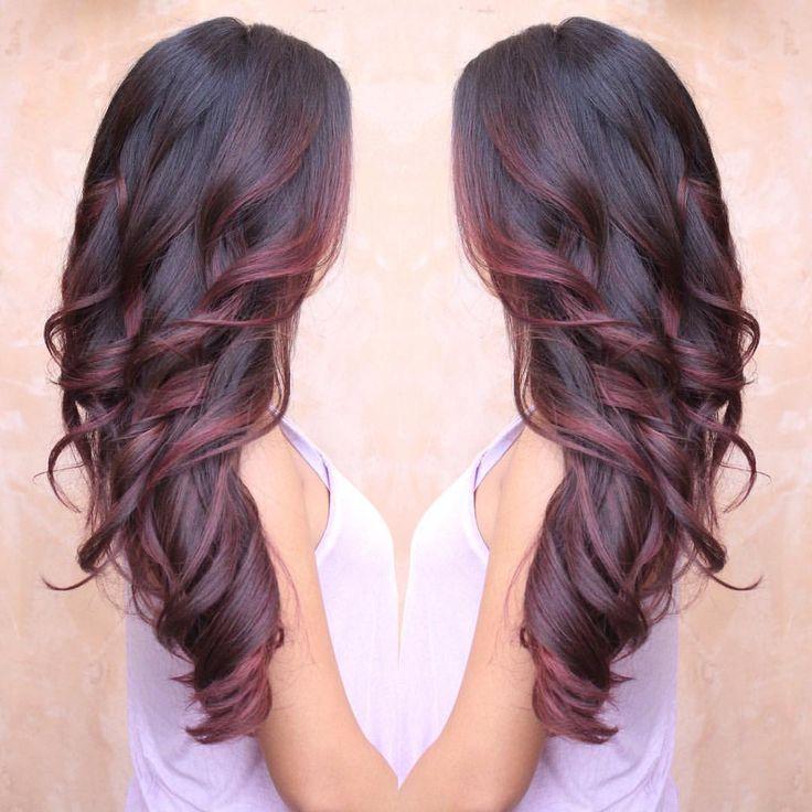 """Melisa Castillo on Instagram: """"Red's & Burgundy's melting together ❤️ #beautybymelisa"""""""