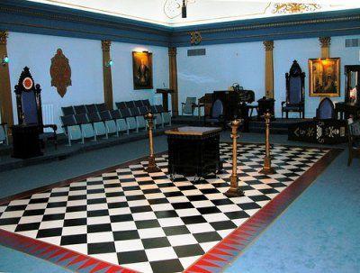 Freemasonic Lodge - Black & White Checkered Floor