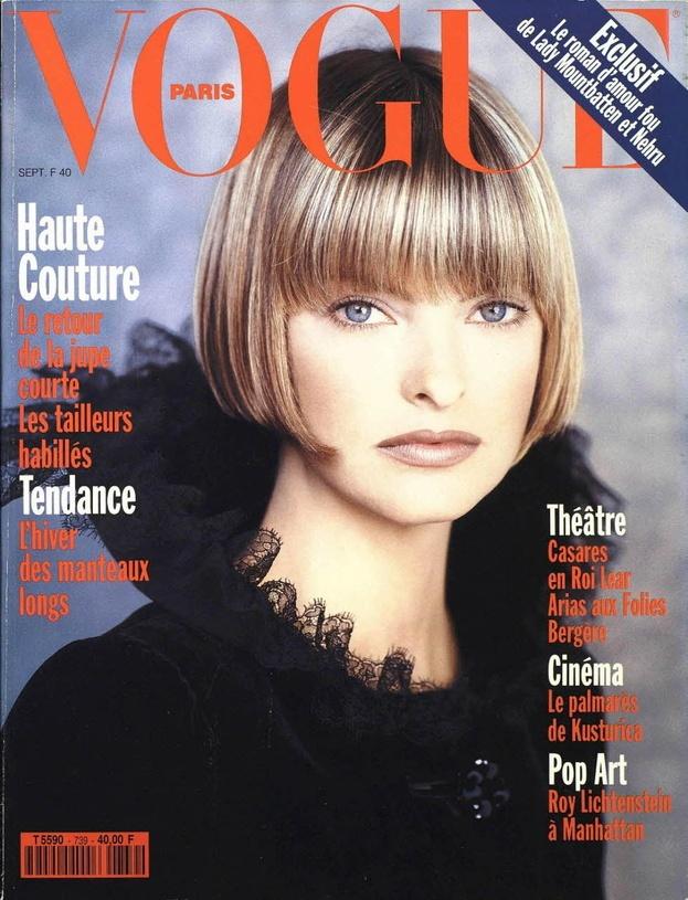 Linda Evangelista en couverture du numéro de septembre 1993 de Vogue Paris http://www.vogue.fr/thevoguelist/linda-evangelista/47