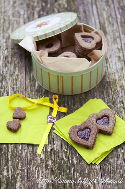 cannabis sativa & chocolate cookies