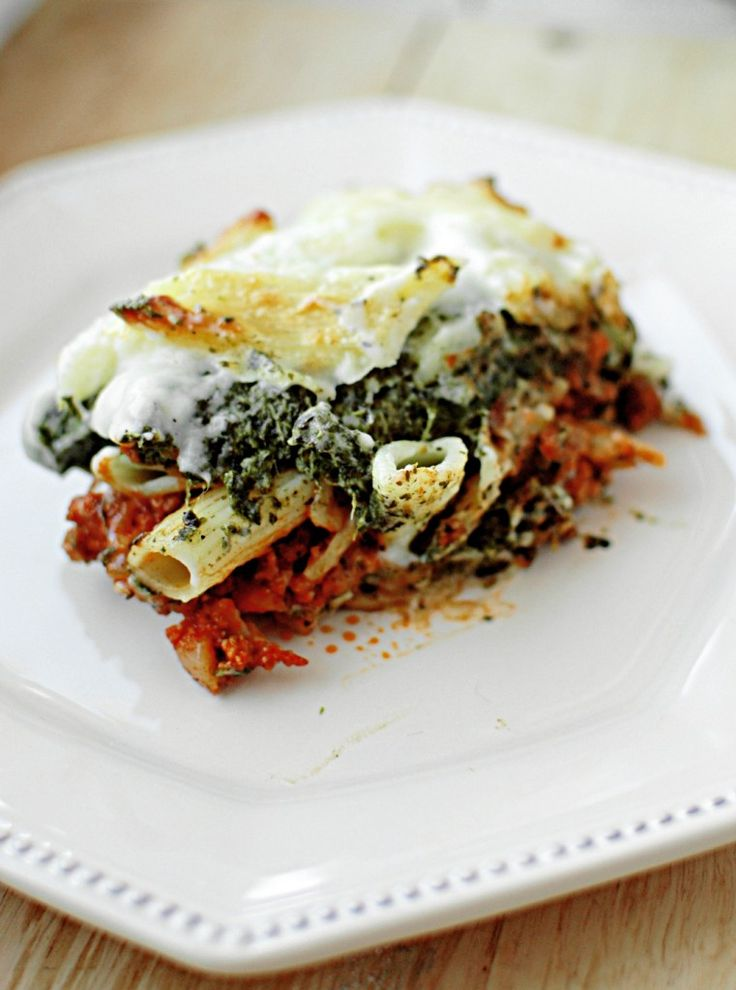 Baked meat & spinach pasta