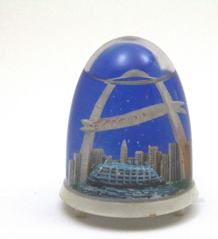 St. Louis Missouri Arch Skyline Vintage Souvenir Travel Tourism Snow Globe Dome