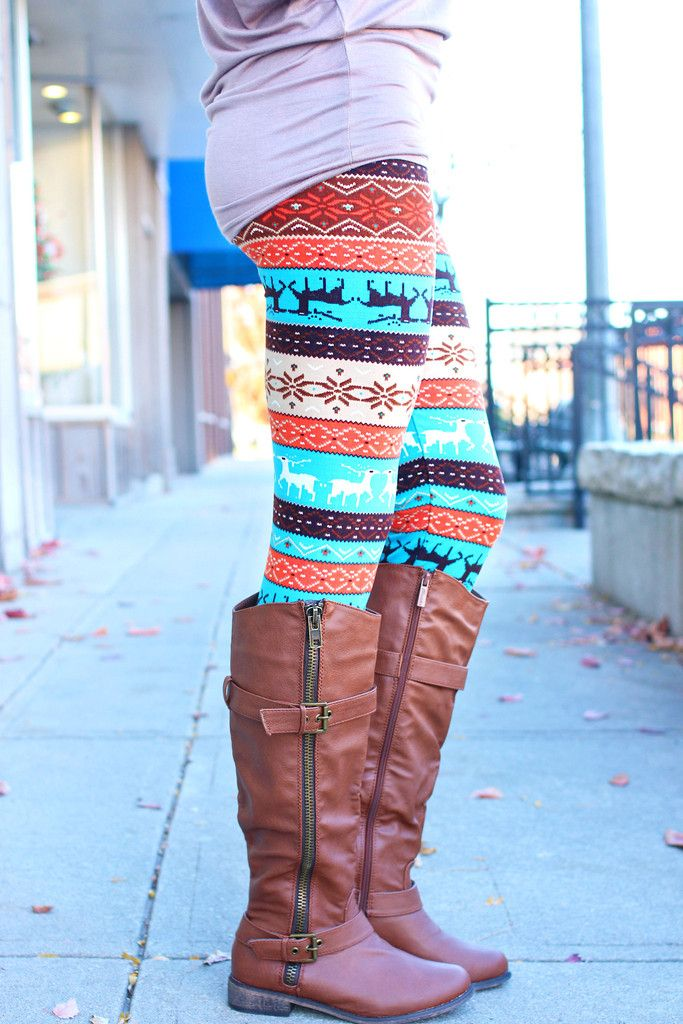 Aztec leggings!! Want some soo bad!!