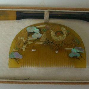 Hair ornament set, traditional Japanese kanzashi hair accessory, kushi and kogai set