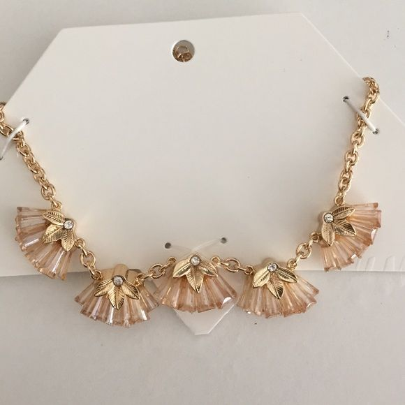 Pretty H&M necklace Pretty. New, never worn. H&M Jewelry Necklaces