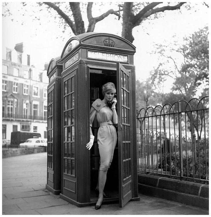 Il telefono della mia mente è sempre libero per la pace, l'armonia, l'amore e l'abbondanza. Ma ogni volta che tentano di contattarmi il dubbio, l'ansia o la paura, trovano il segnale di occupato, così si dimenticheranno in fretta il mio numero di telefono. ~ Edith Armstrong   Ph. Georges Dambier