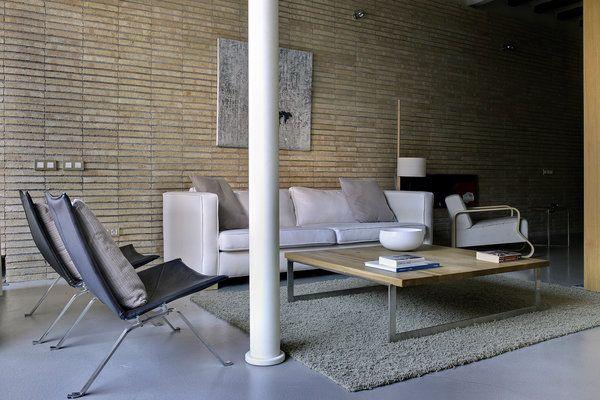 Modern simplicity in Barcelona loft.