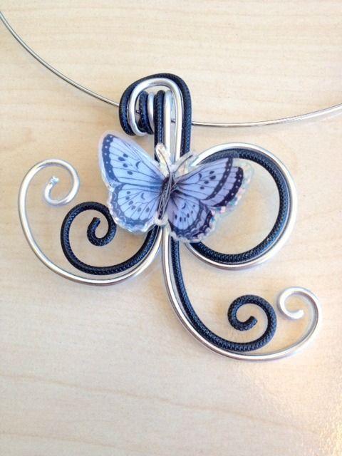 Papillon noir et argent : collier en fil d'aluminium et boucles assorties : Collier par amybijoux