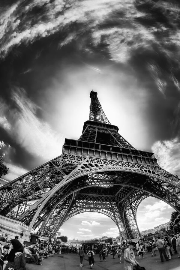 The Eiffel Tower by Juan Carlos Marina. Amazing perspective, beautiful capture!