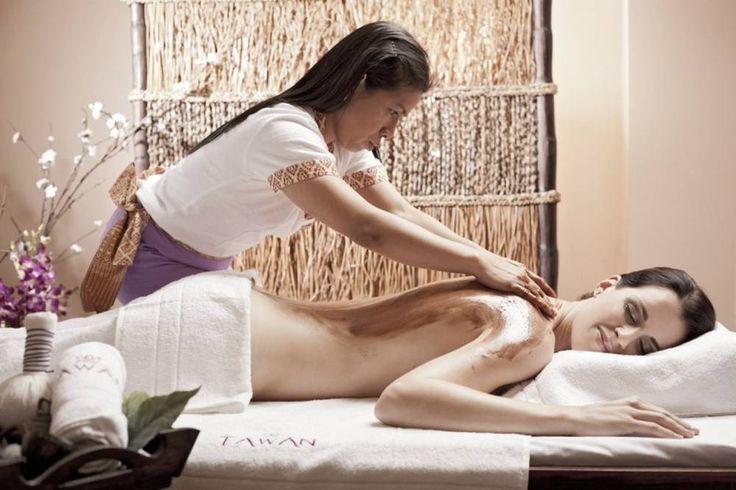 Vzdělaná Thajka ovládající detoxikační masáže. Svěřte se do jejích rukou! http://www.impresio.eu/zazitek/detox-masaz