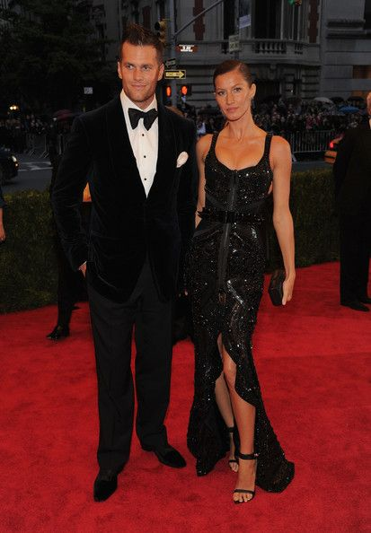Tom Brady's Wife Gisele Bundchen - NFL Wives and Girlfriends - Zimbio