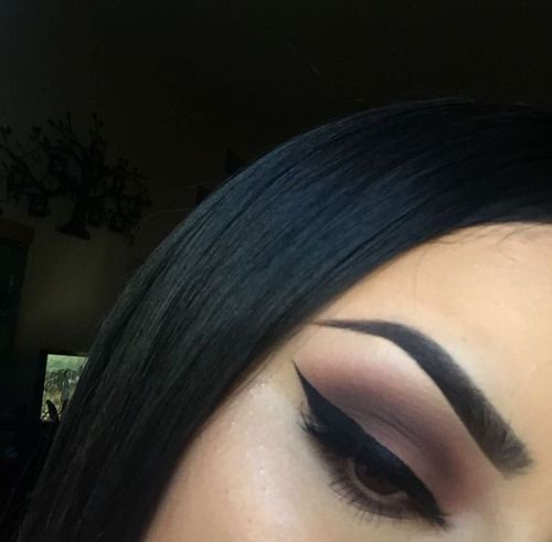 winged liner and perfect brows