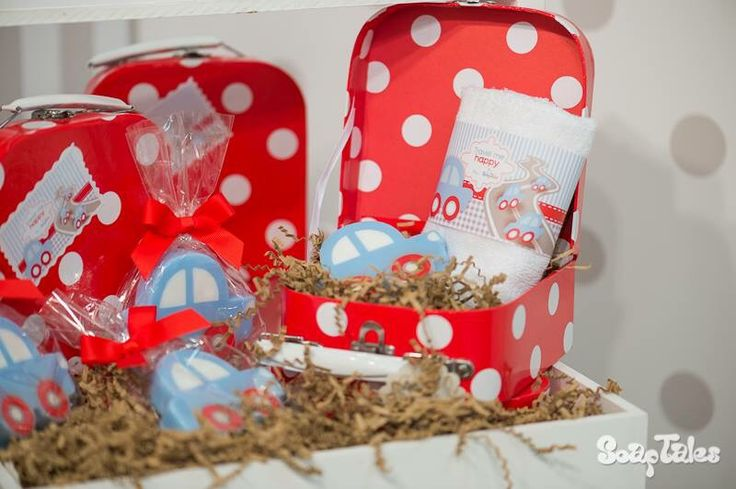 Σαπουνάκια μπομπονιέρες βάπτισης & βαλιτσάκια πουα κόκκινα για παιδική μπομπονιέρα. www.nikolas-ker.gr