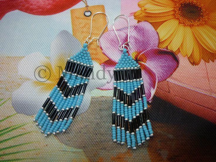 Miyuki fringe franje oorbellen blauw zwart zilver native american style indianen stijl door MadeByMandyNL op Etsy