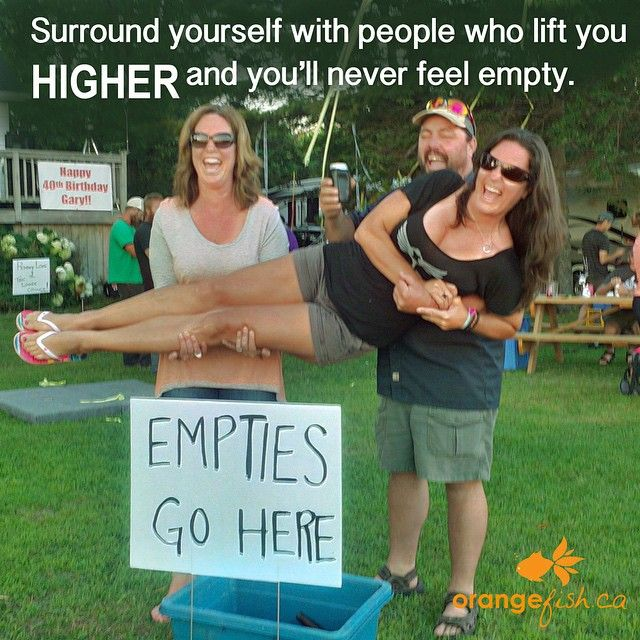 This week for #Inspiration Tuesday i'm feeling fortunate I have such amazing family and friends. -Janet #iloveorangefish #madeincanada #familyfirst #family #familieswhopartytogetherstaytogether #ontario #cottage #party #quote